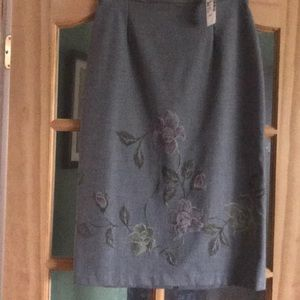 Pencil grey skirt NWT
